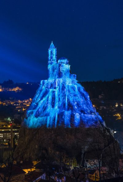 Puy de Lumières le rocher Saint-Michel d'Aiguilhe 2