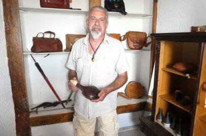 Vell'art cuir, l'atelier boutique au pied de la forteresse