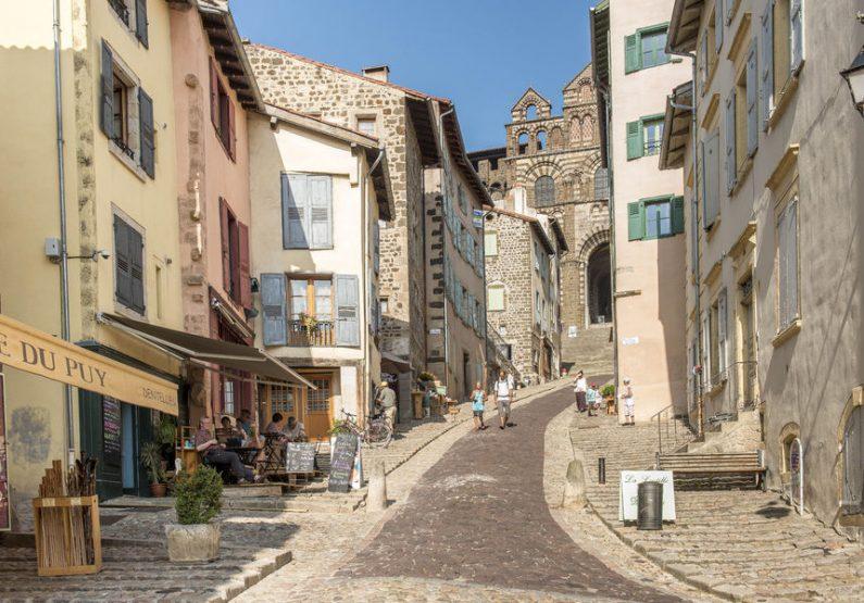 SEJ_City Walk… Week-End au Puy-en-Velay_montée vers la Cathédrale