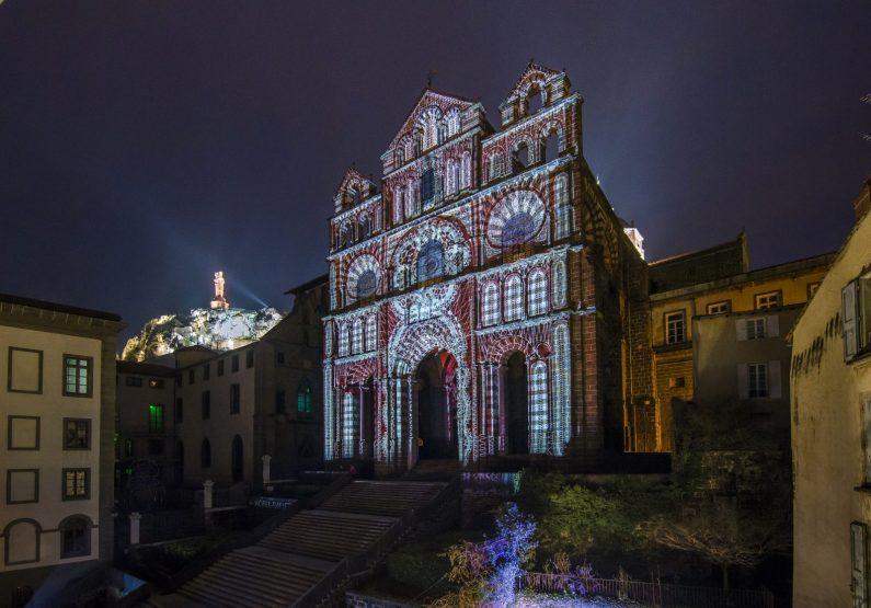 la cathédrale du Puy en lumières