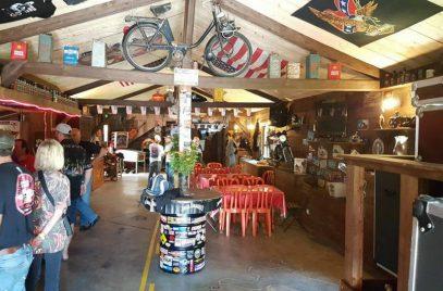 Relais motos Horses and bikes