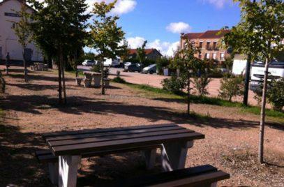 Aire de Service Pour Camping-Cars