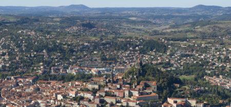 Survol du Puy-en-Velay en avion