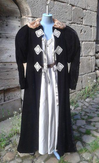 robe et manteau renaissance