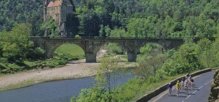 itinéraire CYCLO et MOTO –  Le Velay entre gorges et plateaux volcaniques
