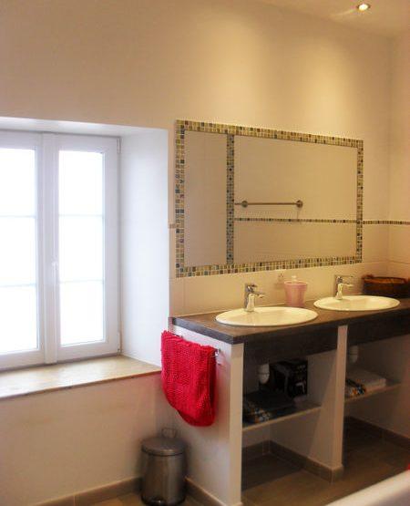 salle de bains-lavabo