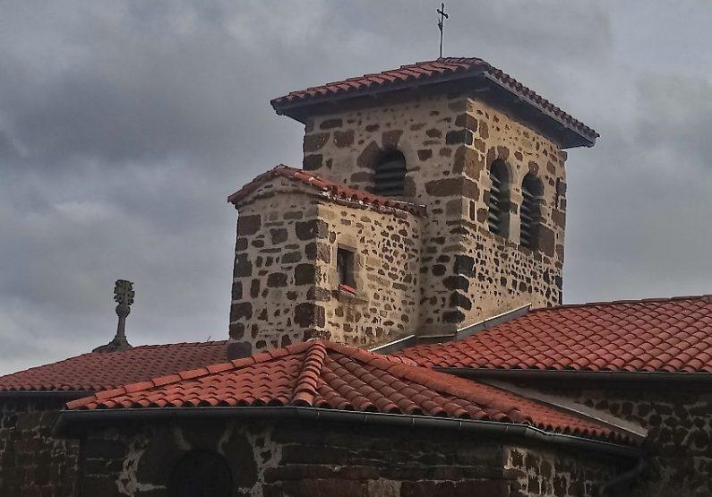 église romane St Geneys près St-Paulien