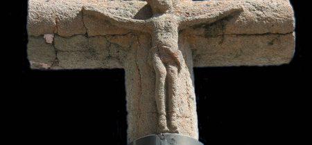 La croix de la fontaine d'Armand