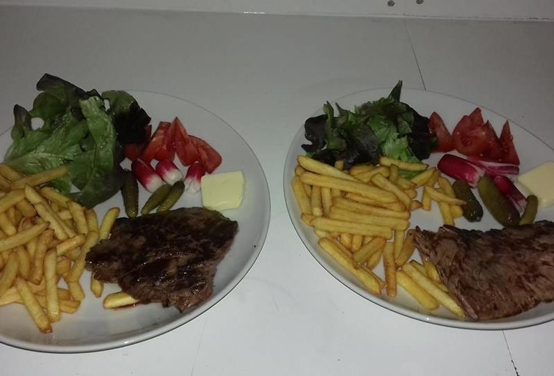 RES_ Country saloon_bavette salade frites