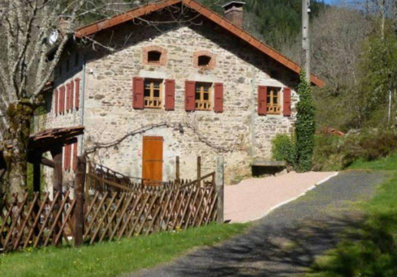 HEB_Gîte Le Moulin du Vialard_entrée