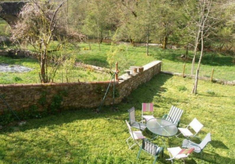 HEB_Gîte Le Moulin du Vialard_jardin extérieur