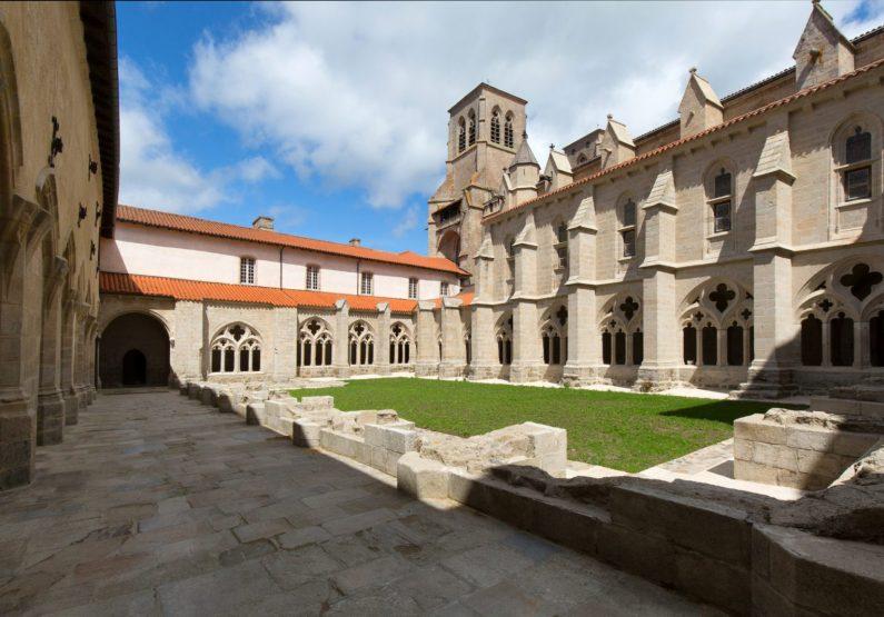 PCU_Abbaye de La Chaise-Dieu_cloître