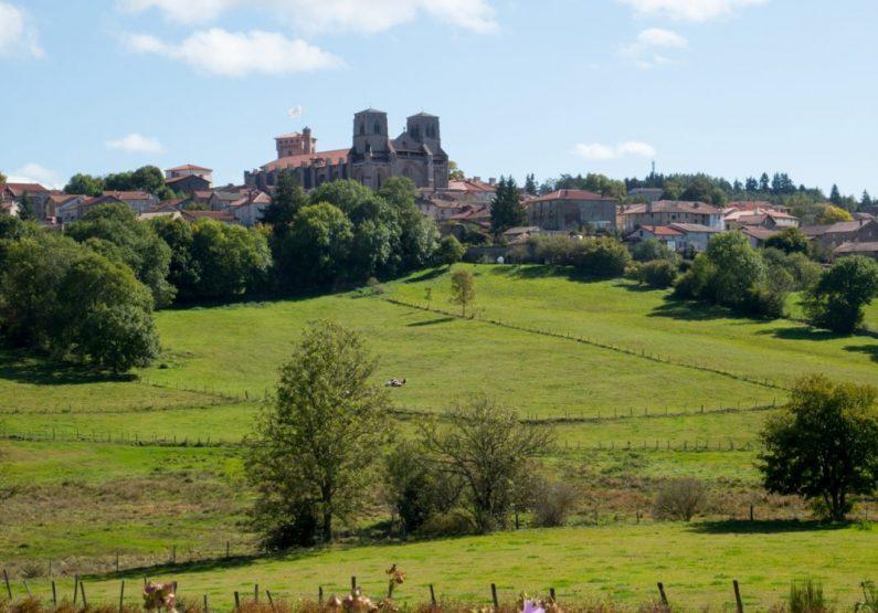 PCU_Abbaye de La Chaise-Dieu_extérieur paysage