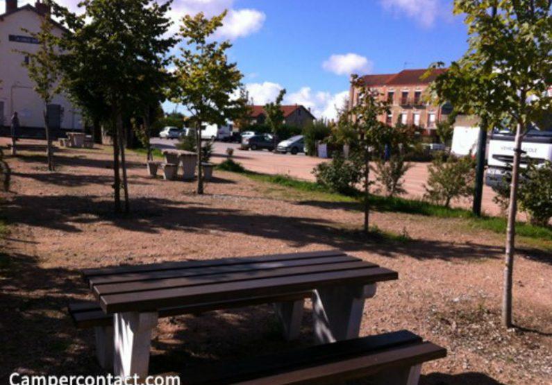 HOT_Aire de Service Pour Camping-Cars_esplanade de la gare