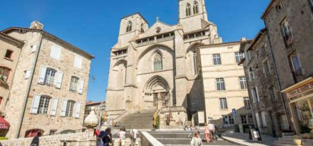 Eglise Abbatiale Saint-Robert