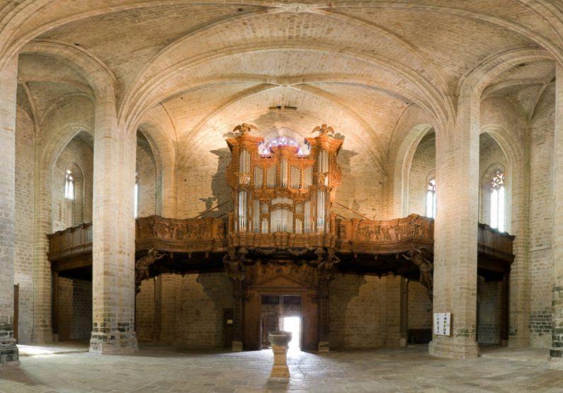PCU_Eglise Abbatiale Saint-Robert_Abbaye de La Chaise_Dieu_Nef abbatiale